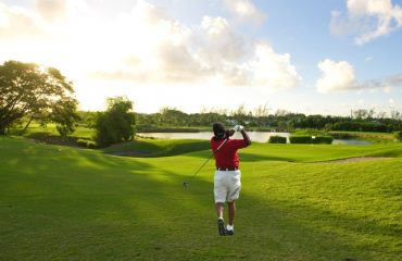 Golf Web Info - Image - Premier - Barbados Golf Club Golfer